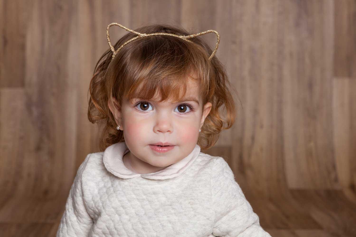 foto niña rubia estudio