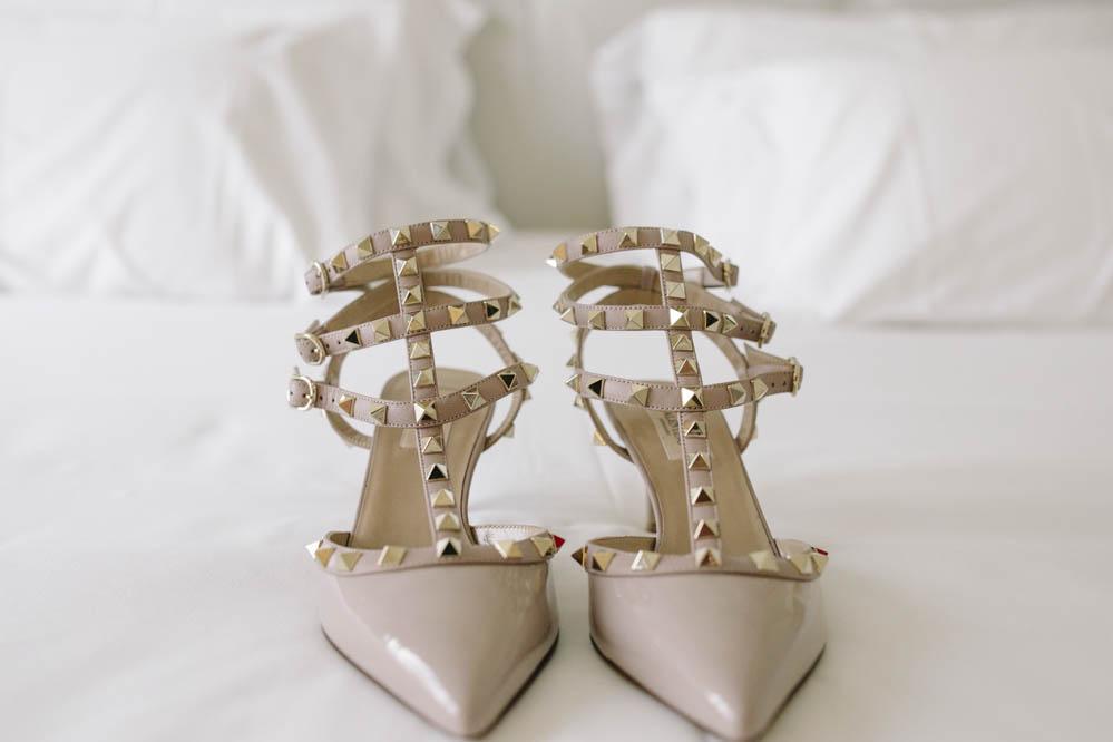 zapato Valentino tachuelas