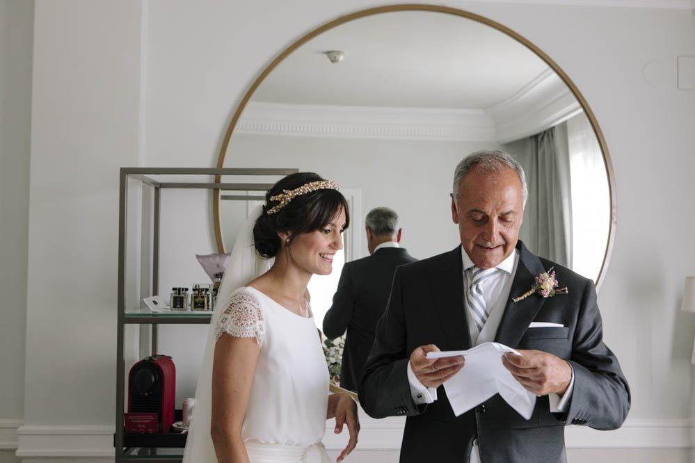 novia prendido padrino