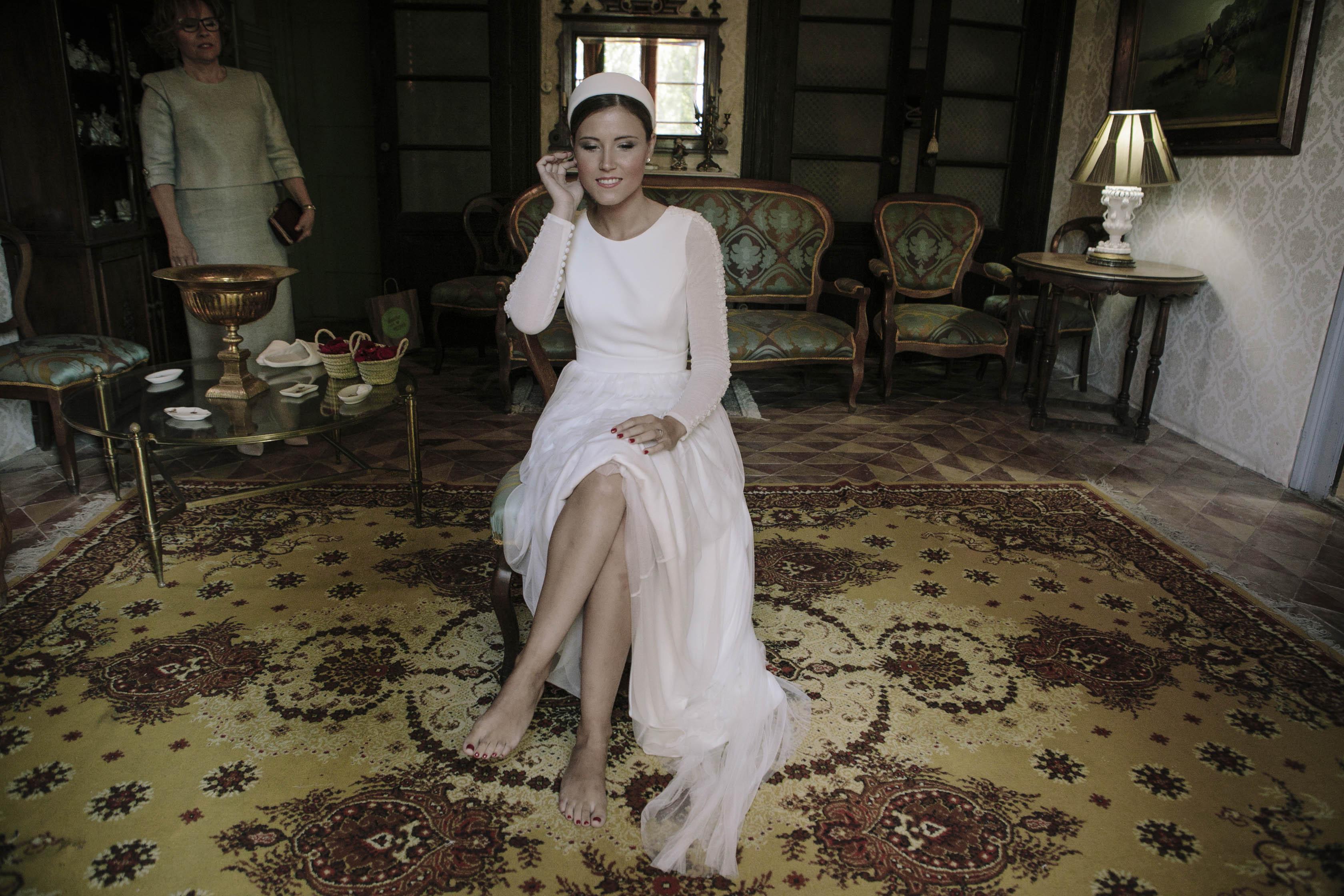 vestido de novia y diadema Cruz Temprado 5