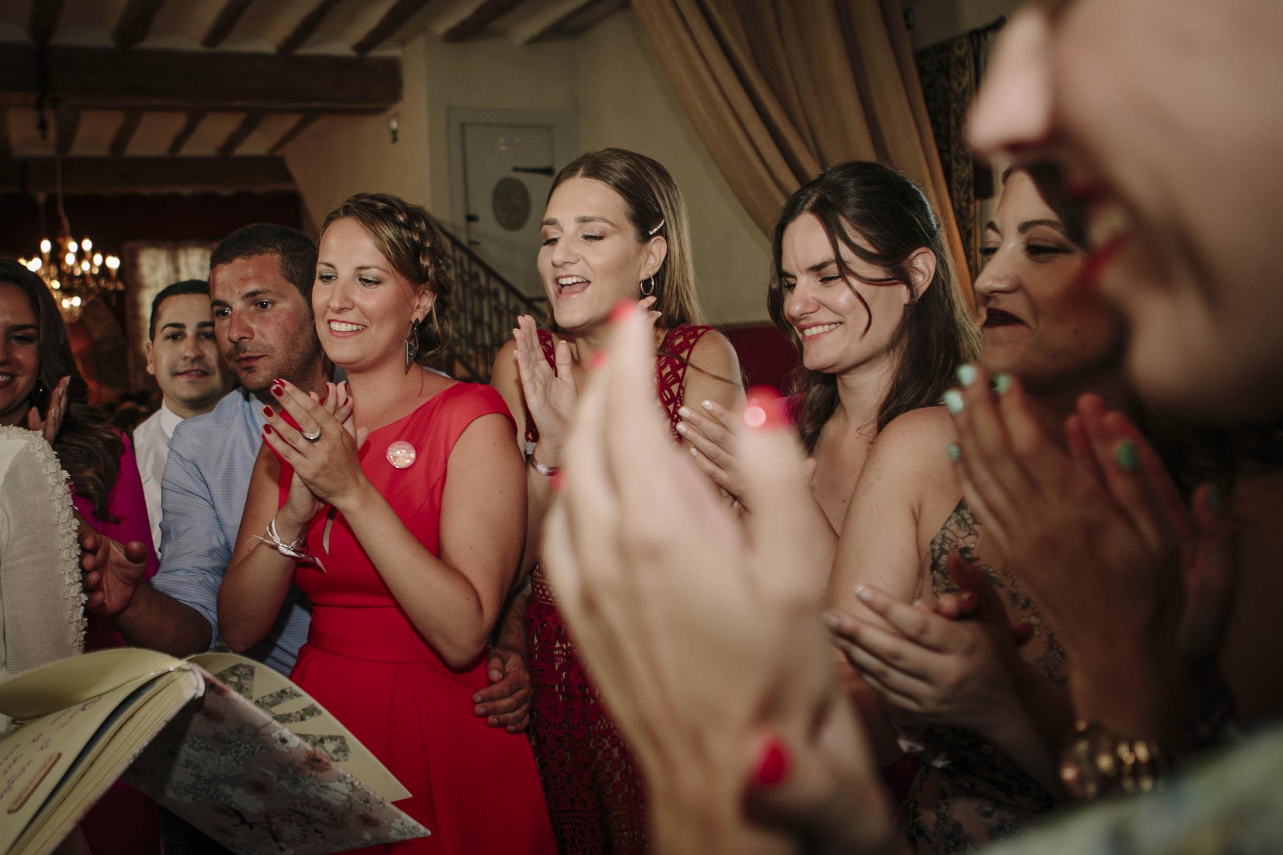 amigas de la novia bailando 2