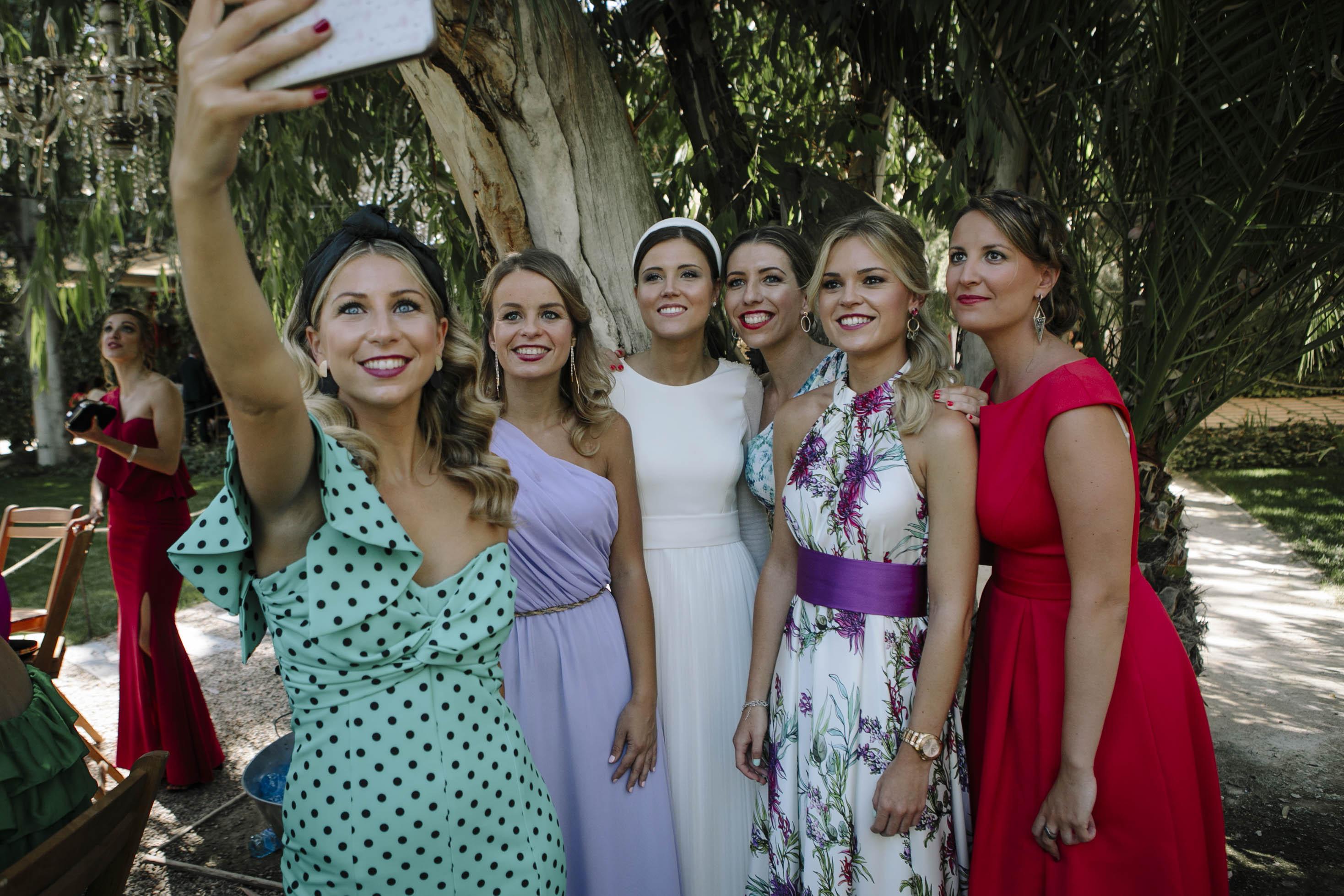amigas de la novia selfie