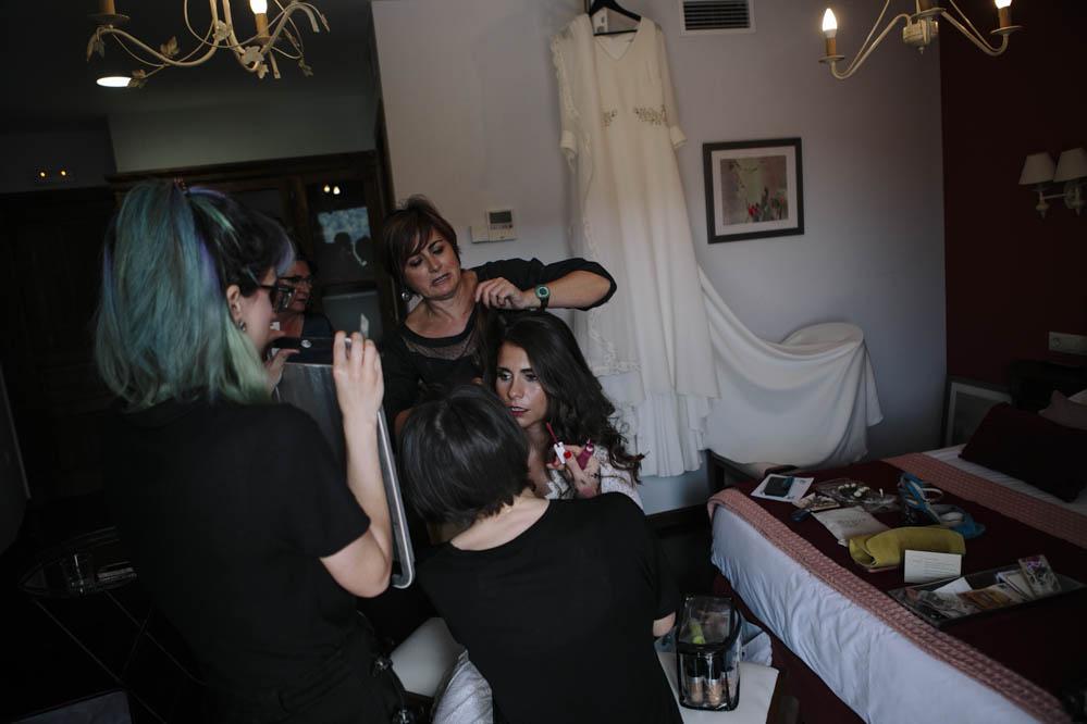 preparativos novia en Ligüerre de Cinca 3