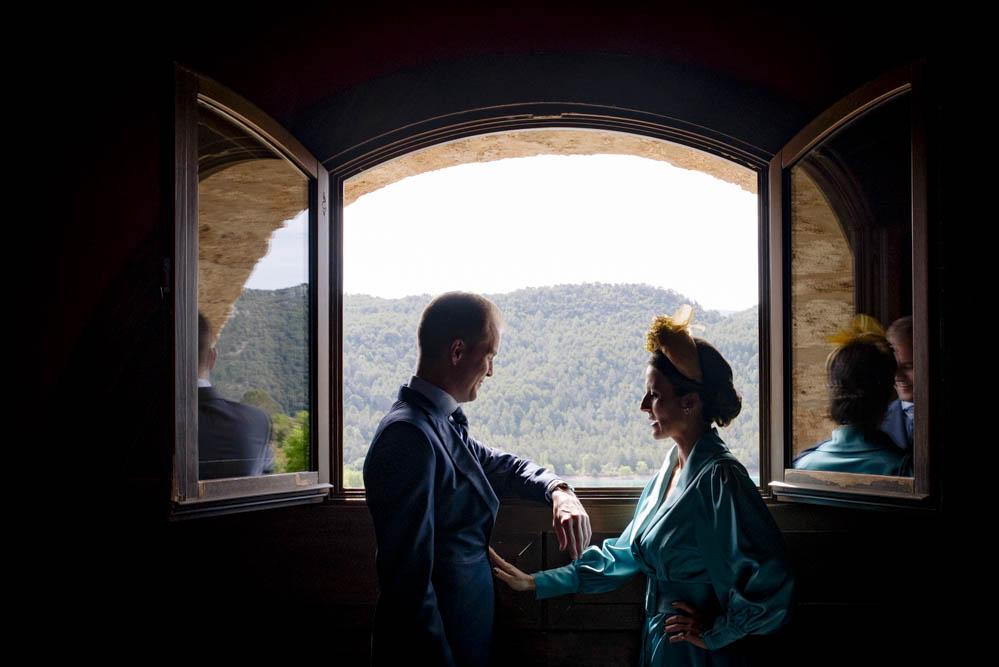 novio en Ligüerre de Cinca con hermana