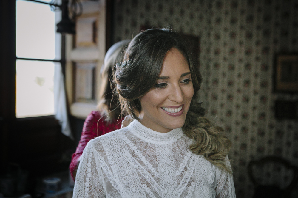 novia sonriente