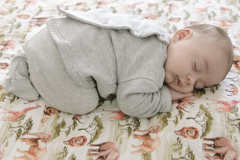 bebé en la cama 3